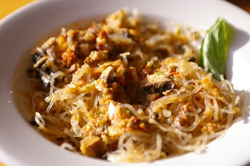Kelp Noodles with Mushroom Marinara